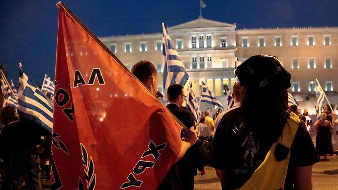 """Die rechtsextreme Partei """"Goldene Morgenröte"""" stellt nach Ansicht vieler Griechen eine Gefahr für die Demokratie dar."""