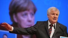 Seehofer-Klage gegen Merkel möglich: Gutachten wirft Regierung Verfassungsbruch vor