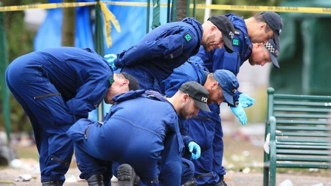 Avec quelle arme les tirs ont-ils été tirés? La police de Manchester sécurise les voies.