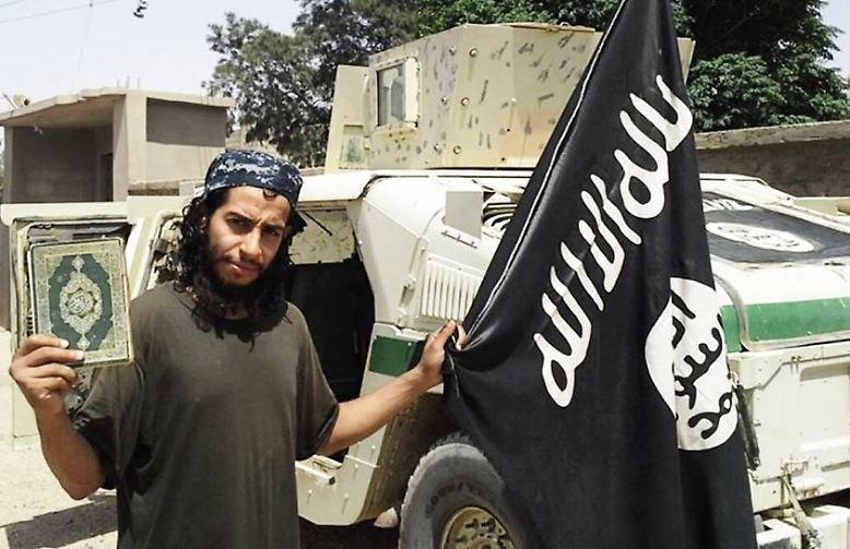"""Vor mindestens zwei Jahren soll er sich dem Islamischen Staat angeschlossen haben. Für den Dschihad hat er sich offensichtlich für den Namen """"Abu Umar Al-Baljiki"""" entschieden."""