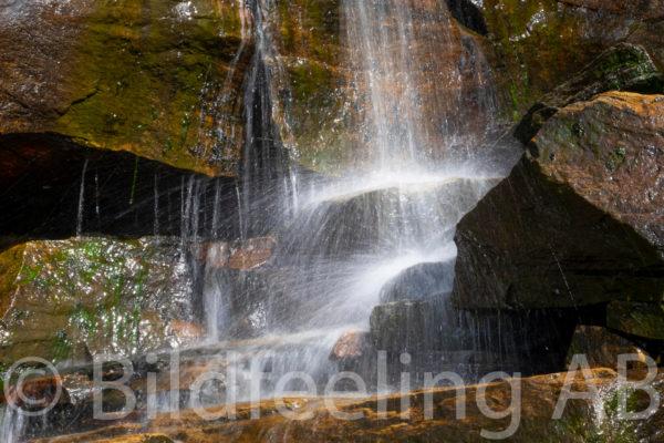 Stänkande vattenfall