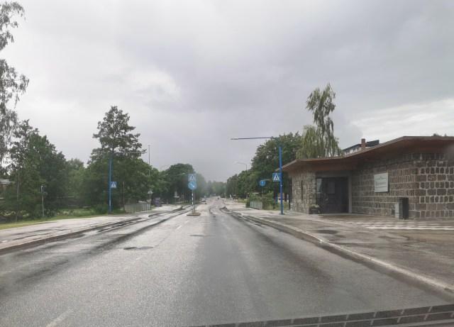 Barrsätragatan är en av de större gatorna i centrala Sandviken, och går mellan Storgatan och Sveavägen.