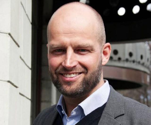 Stefan Tröjbom säger att intresset för fritidshus har varit stort i sommar.