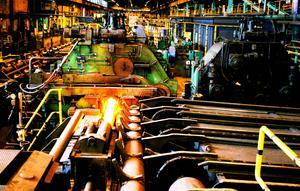 Rengöring av produktionsanläggningar inom industrin ingår i arbetsuppgifterna som Enerco utför.