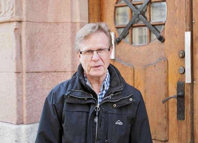 Owe Hellberg, V, saknar en förklaring till vad Gästrike återvinnare vill använda sitt överskott till.