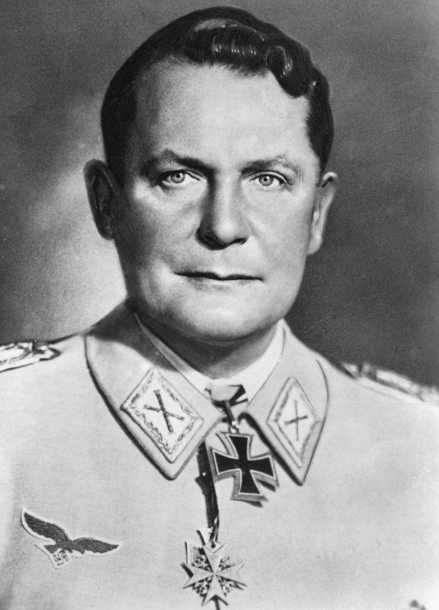 Hermann Göring var under flera år Hitlers närmaste man.