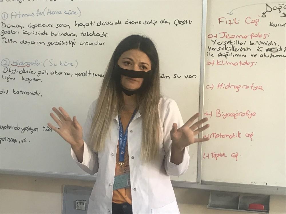İşitme engellilere özel şeffaf maske üretimine başlandı