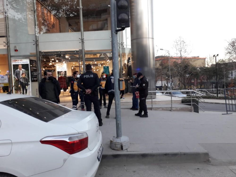 Pozitif vakalı şahıs karantinada olması gerekirken sokakta yakalandı