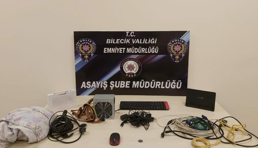 Çok sayıda güvenlik kamerası inceleyerek hırsızlık olayını çözdüler