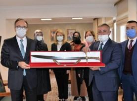 AK Parti Bilecik İl Başkanı Yıldırım'dan Vali Kızılkaya'ya ziyaret
