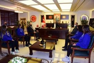 """""""Bizim Kızlar""""dan Başkan Bakkalcıoğlu'na ziyaret"""