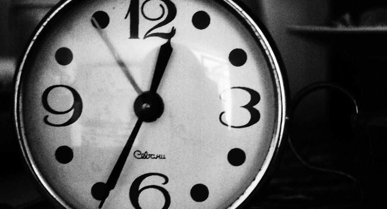 時間は存在しないと提唱する物理学者の見解を素人が考える