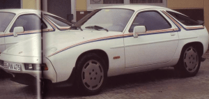 Den særlige Rothman-udgave af 928S, som blev lavet i fire eksemplarer til Porsches fabrikskørere.