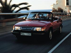 En smuk og praktisk cabriolet, som kan bruges i al slags vejr.