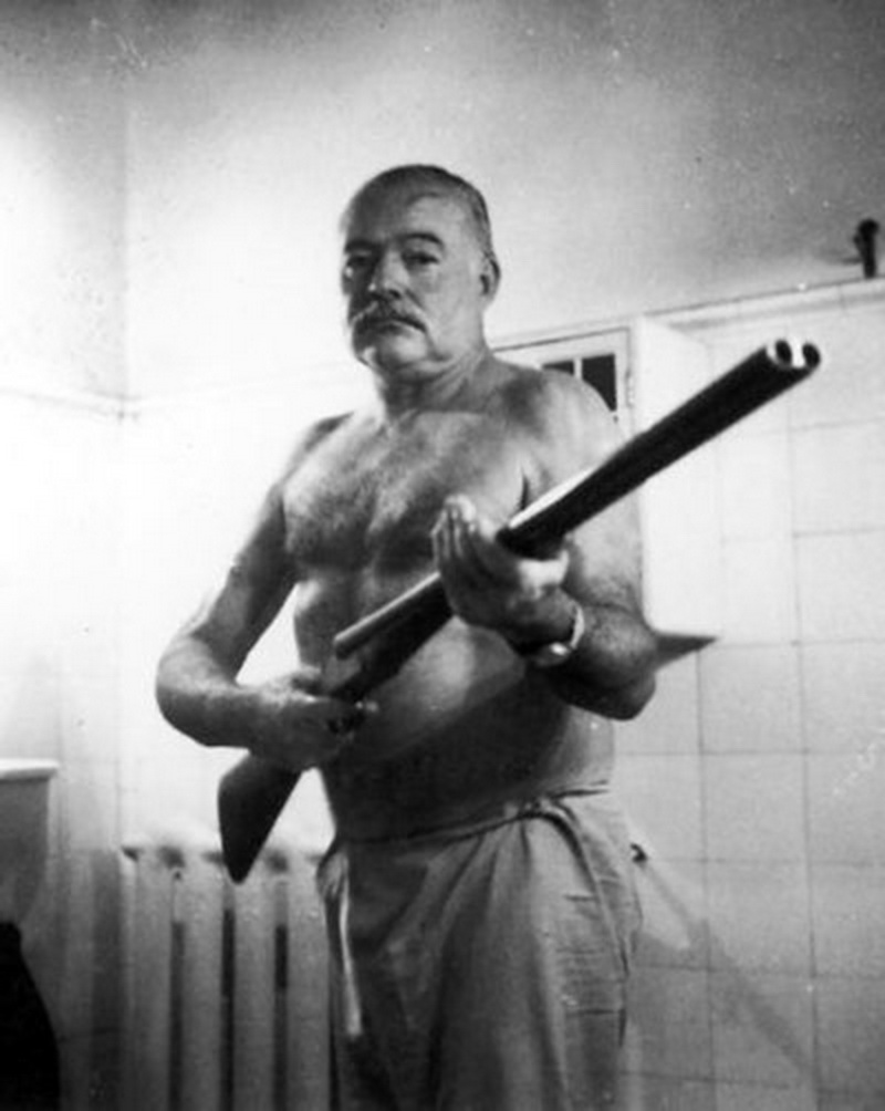 ernest hemingway pundit from another planet the last days of ernest hemingway he thought the feds were spying on him