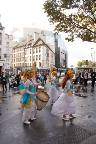 Percussionist/dancers at the Bastille