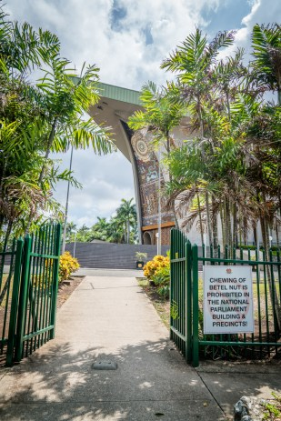 betel-net-warning-parliment-port-moresby-png