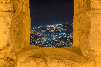 jerusalem-night-lights-oustide-wall