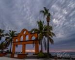 sunrise-pool-palms-arches