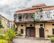 old-town-mombasa-paige-shaw