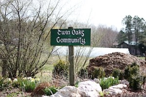 twin-oaks-community