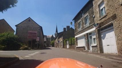 Strada i Saint-Pierre-Des-Nids (2)