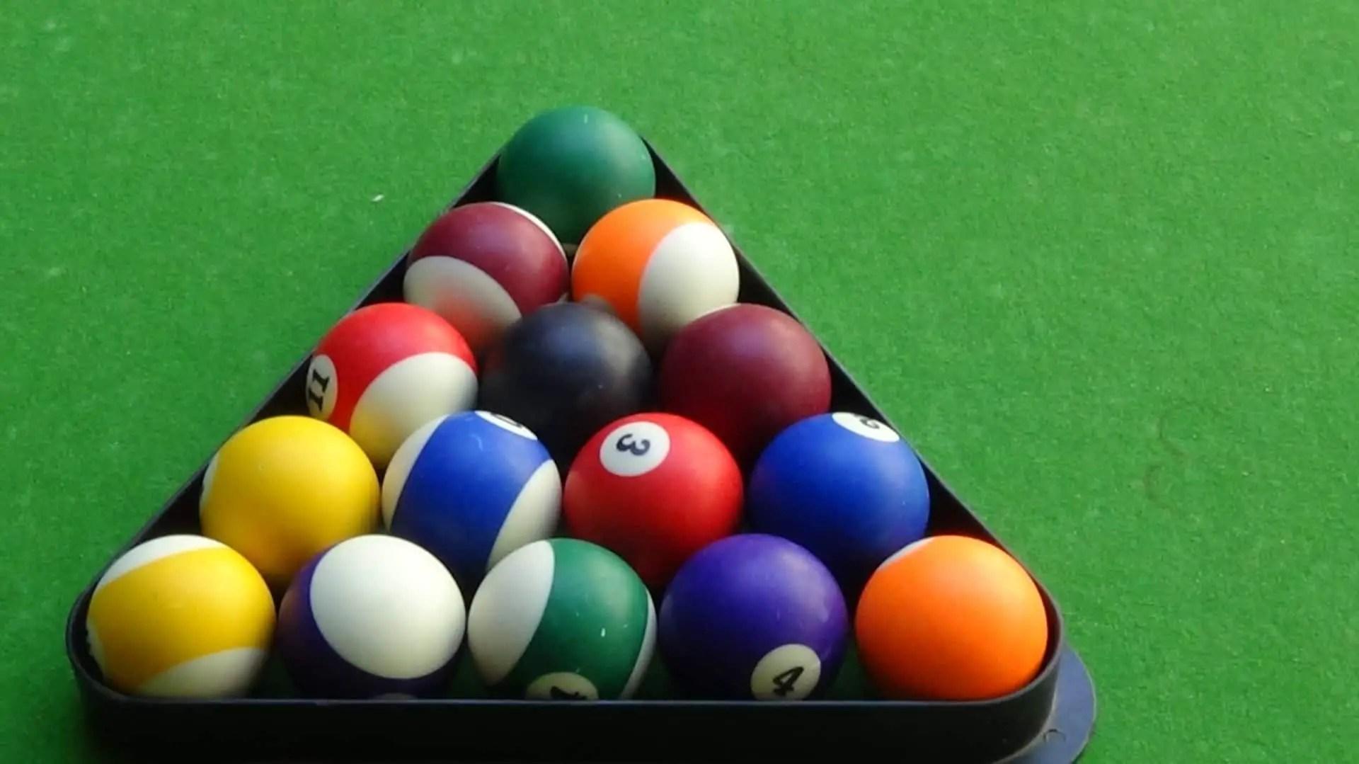 how to rack pool balls