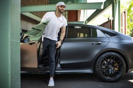 BOSTON, MA - JUNE 7: J.D. Martinez #28 of the Boston Red Sox arrives before a game against the Tampa Bay Rays on June 7, 2019 at Fenway Park in Boston, Massachusetts. (Photo by Billie Weiss/Boston Red Sox/Getty Images) *** Local Caption *** J.D. Martinez