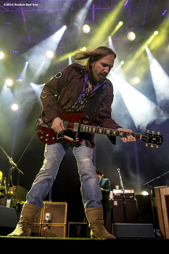"""Tom Petty performs during a concert with Steve Winwood at Fenway Park in Boston, Massachusetts Saturday, August 30, 2014."""