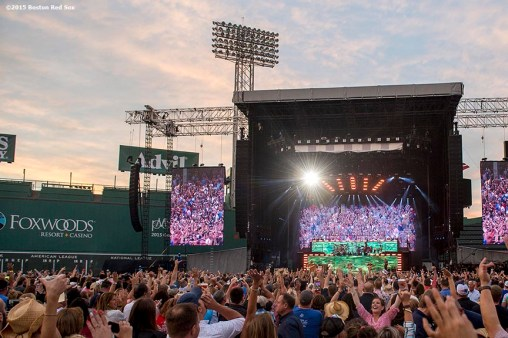 BOSTON, MA - AUGUST 8: The Zac Brown Band performs at Fenway Park on Saturday, August 8, 2015 in Boston, Massachusetts. (Photo by Billie Weiss/MLB Photos via Getty Images) *** Local Caption ***
