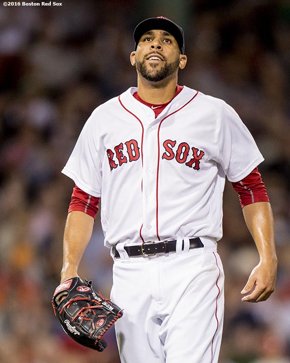 BOSTON, MA - JUNE 14: David Price #24 of the Boston Red Sox reacts during the seventh inning of a game against the Baltimore Orioles on June 14, 2016 at Fenway Park in Boston, Massachusetts. (Photo by Billie Weiss/Boston Red Sox/Getty Images) *** Local Caption *** David Price