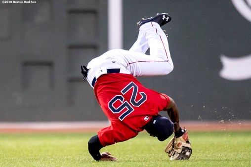 BOSTON, MA - JULY 8: Jackie Bradley Jr. #25 of the Boston Red Sox tumbles after catching a line drive during the fourth inning of a game against the Tampa Bay Rays on July 8, 2016 at Fenway Park in Boston, Massachusetts. (Photo by Billie Weiss/Boston Red Sox/Getty Images) *** Local Caption *** Jackie Bradley Jr.