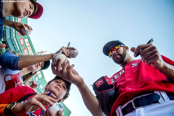 BOSTON, MA - AUGUST 29: David Price #24 of the Boston Red Sox signs autographs before a game against the Tampa Bay Rays on August 29, 2016 at Fenway Park in Boston, Massachusetts. (Photo by Billie Weiss/Boston Red Sox/Getty Images) *** Local Caption *** David Price