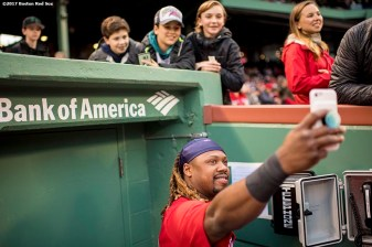BOSTON, MA - MAY 26: Hanley Ramirez #13 of the Boston Red Sox takes a selfie photograph with fans before a game against the Seattle Mariners on May 26, 2017 at Fenway Park in Boston, Massachusetts. (Photo by Billie Weiss/Boston Red Sox/Getty Images) *** Local Caption *** Hanley Ramirez