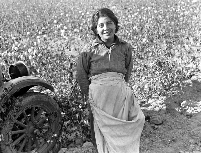Cotton picker, Southern San Joaquin Valley, California, 1936