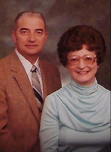 Married 70 years, die within minutes of each other