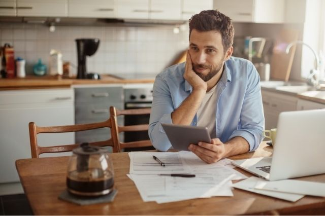 What is a Bill Paying Service and Is it Worth It?