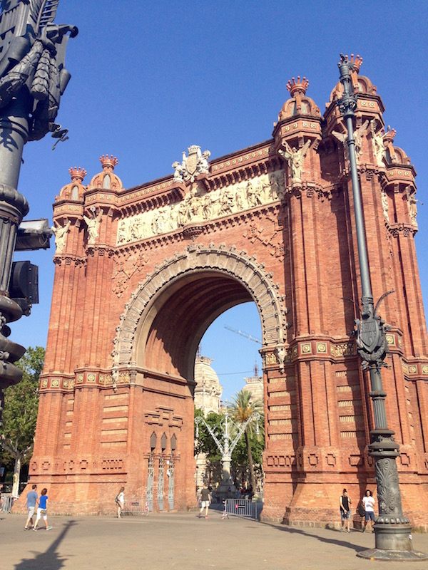Arc de Trionf, Barcelona by Bill Sinclair