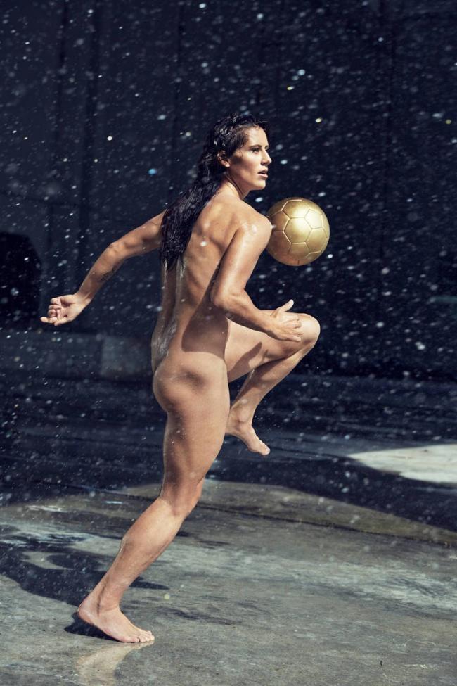 Ali Krieger, Soccer
