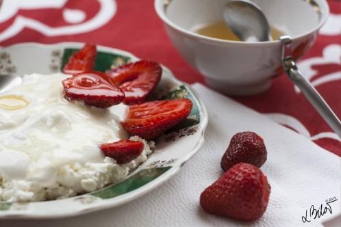 Home-Comforts_N1_breakfast-1