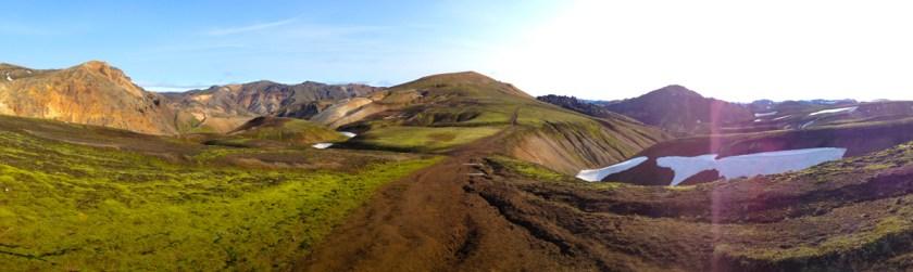 Laugmannalaugar > Hrafntinnusker - 12km,  the perfect weather.