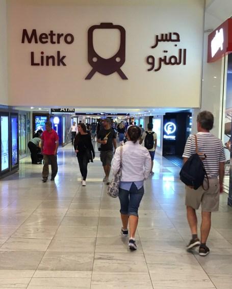 Dubai-metro-03