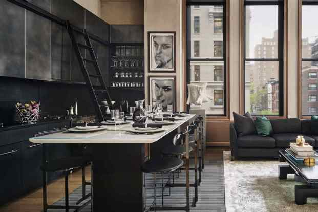 Black & Metal Contemporary New York City Kitchen