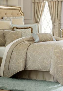 Aurora Comforter Set  Biltmore