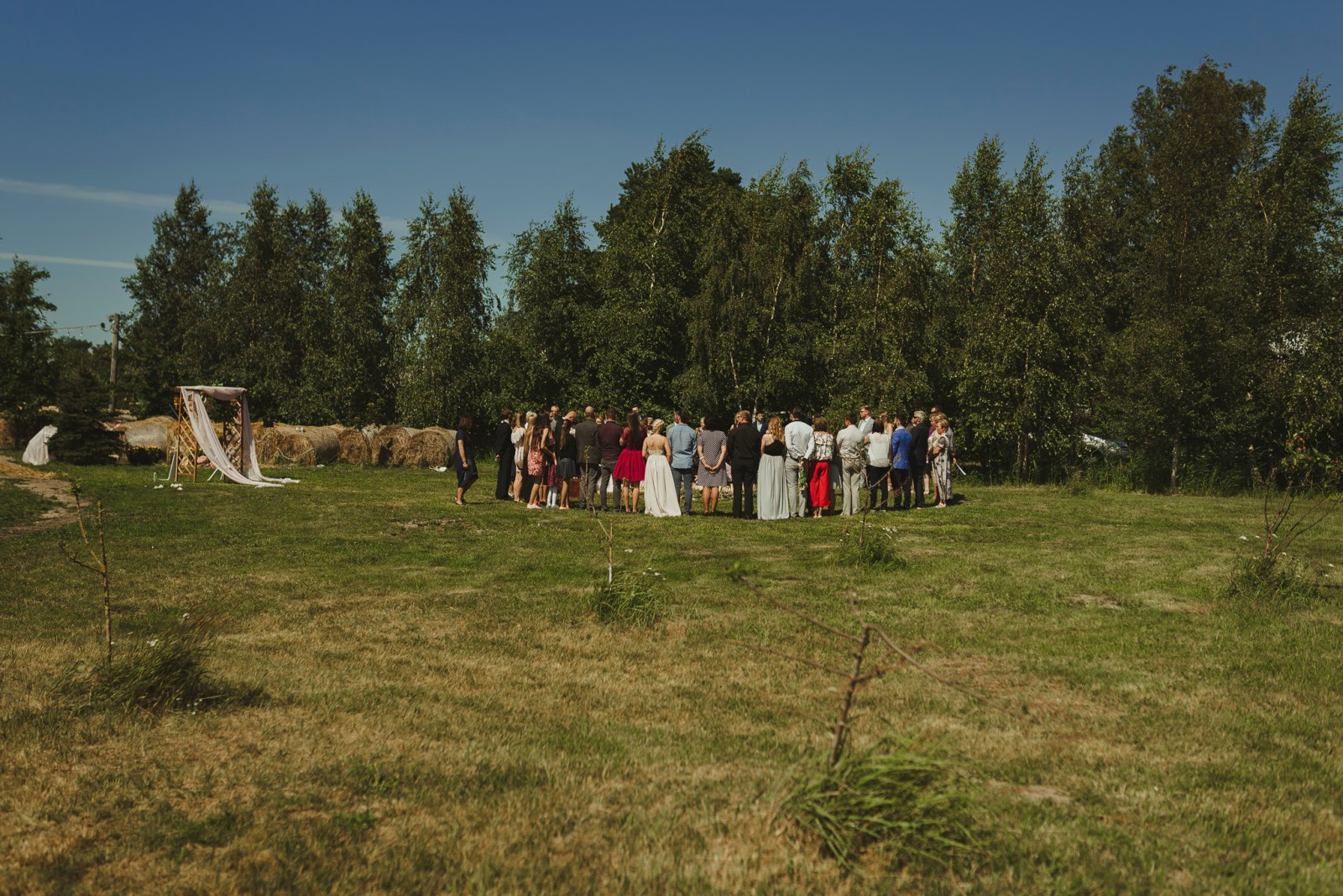 traditional wedding in grīnvalti