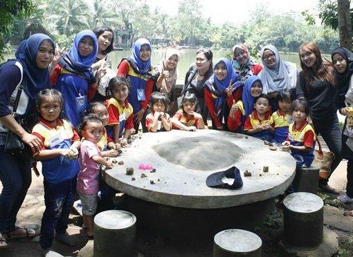Family Gathering dan Outbound biMBA Poris Indah
