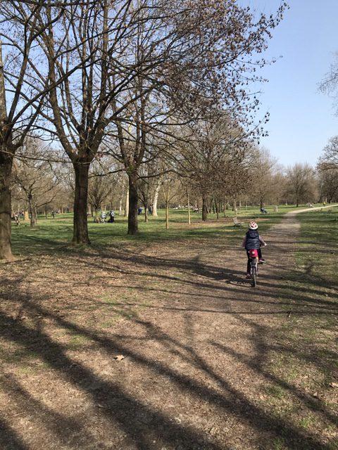 Parco di Monza con bambini
