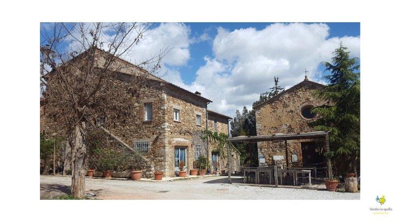 Suvereto borgo medievale Toscana