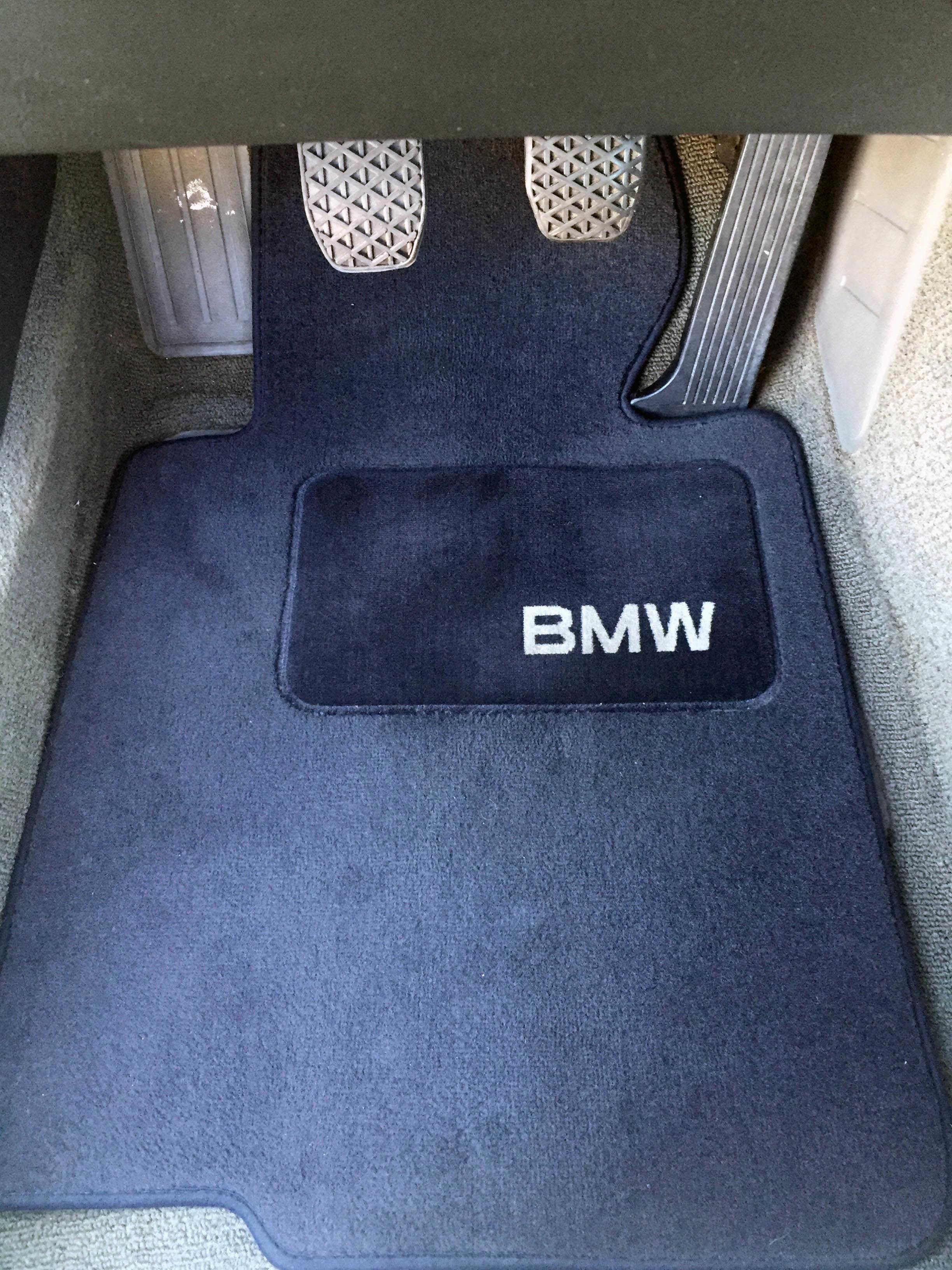 Discontinued OEM BMW E30 floor mats option  BIMMERtipscom