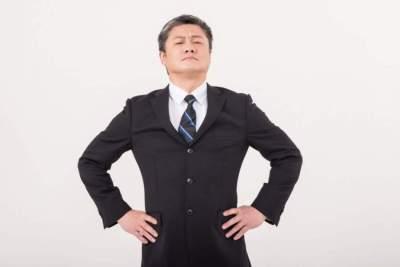 高圧的な態度の人の5つの心理と正しい2つの対処法!